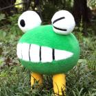 オリジナル制作ぬいぐるみ キャラクター 世界をカエル虫くん