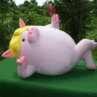 オリジナル制作ぬいぐるみ キャラクター 豚キャラクター